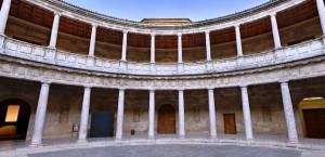 дворец альгамбра в гранаде