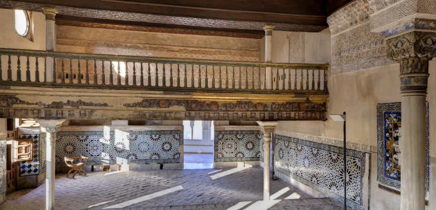дворец эмира альгамбра