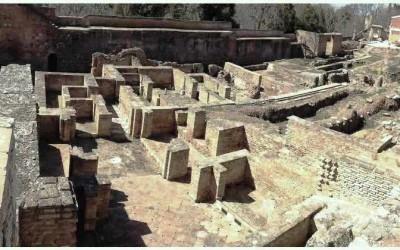 Руины дворца Абенсерахов