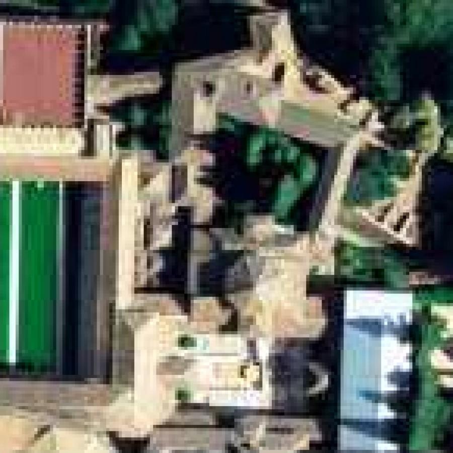 Дворик дворца Мексуар
