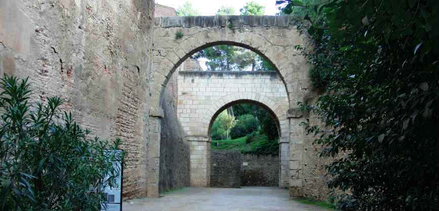 мавританская архитектура испания