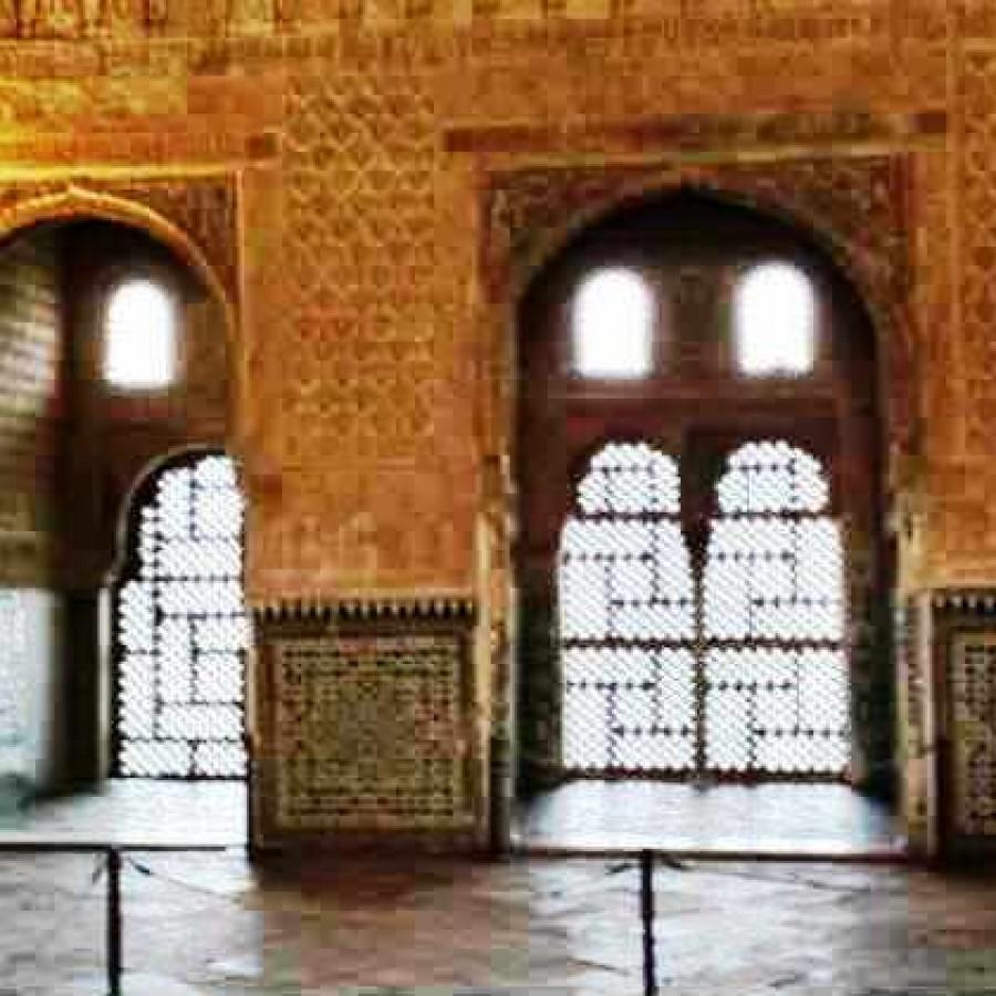 дворец Комарес Альгамбра